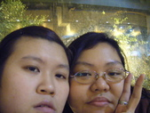 兩女生瘋狂自拍照:1298080906.jpg
