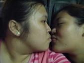 兩女生瘋狂自拍照:1298080899.jpg