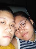 兩女生瘋狂自拍照:1298080900.jpg