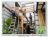 龍潭 戶外南方松遮雨棚 格網圍籬 木造斜屋頂 自然原木色:DSC00168.jpg