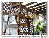 龍潭 戶外南方松遮雨棚 格網圍籬 木造斜屋頂 自然原木色:DSC00195.jpg