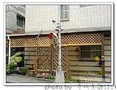 龍潭 戶外南方松遮雨棚 格網圍籬 木造斜屋頂 自然原木色:DSC00202.jpg