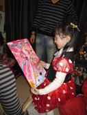 聖誕老公公來送禮囉!!乾女兒的最愛:1354175193.jpg