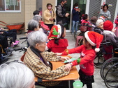 【康詠護理之家】吉的堡幼兒園小朋友祝福阿公阿嬤新年快樂:DSCI2511.JPG