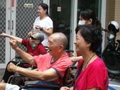 【康詠護理之家】每月聘請專業的運動指導老師帶領住民體適能律動成果照:DSCF1693.JPG