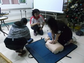 【康詠護理之家】心肺復甦術及AED的使用:DSCF1235.JPG