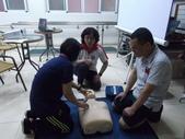 【康詠護理之家】心肺復甦術及AED的使用:DSCF1292.JPG
