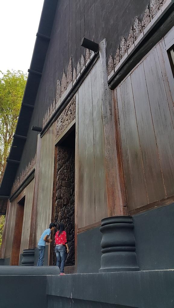 泰國 清萊的黑屋與白廟:20160428_093014.jpg