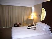 2008.10.12-15新加坡之旅:舒適的床