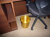 """2008.10.12-15新加坡之旅:""""金""""垃圾桶"""