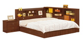 臥室房間組14:672 羅爾5尺胡桃書架型雙人床組合範例.jpg