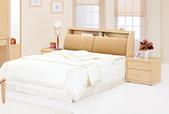 臥室房間組-10:613-2 英尼斯5尺白橡被櫥式雙人床.jpg