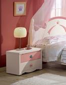臥室房間組12:637-4 貝妮斯床頭櫃.jpg