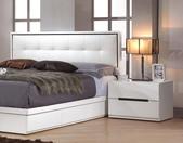 臥室房間組-11:633-4 波爾卡1.9尺床頭櫃.jpg