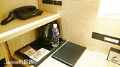 一個人的日本行:方便的床頭櫃設計