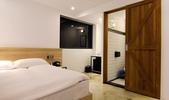 0804:鵲絲旅店1.png