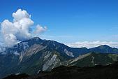(嘉明湖 Day 2)向陽山屋->向陽山->嘉明湖避難小屋:DSC_7563.JPG