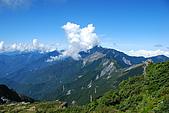 (嘉明湖 Day 2)向陽山屋->向陽山->嘉明湖避難小屋:DSC_7571.JPG