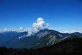 (嘉明湖 Day 2)向陽山屋->向陽山->嘉明湖避難小屋:DSC_7560.JPG