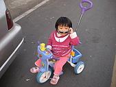 2009-01-28回娘家騎小車車:DSC04003.JPG