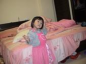 2009-12-06愛穿裙子拍照的妹妹:DSC04837.JPG