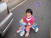 2009-01-28回娘家騎小車車:DSC04006.JPG