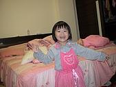 2009-12-06愛穿裙子拍照的妹妹:DSC04842.JPG
