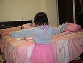 2009-12-06愛穿裙子拍照的妹妹:DSC04844.JPG