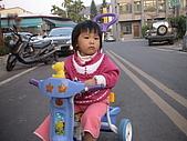 2009-01-28回娘家騎小車車:DSC04011.JPG