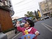 2009-01-28回娘家騎小車車:DSC04013.JPG