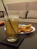 糖糖小點心:蝦多士+蜜茶