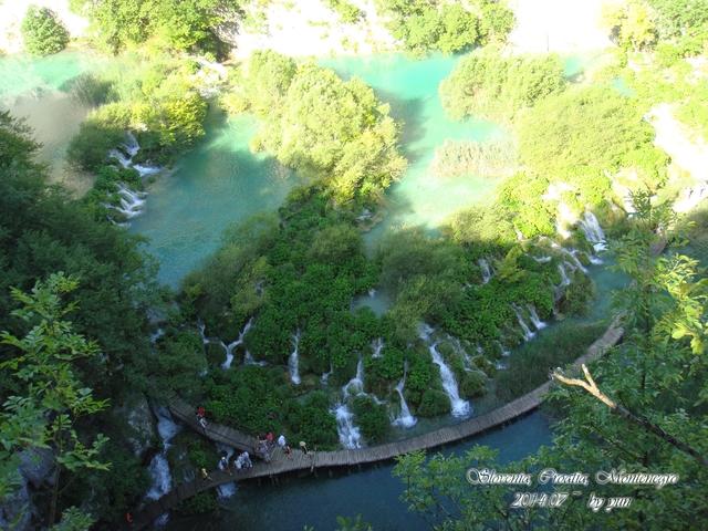 2014.07 克羅埃西亞~十六湖(普萊維斯國家公園):2014.07.07~01.1普萊維斯國家公園(鳥瞰M&G&K&N) (9).JPG