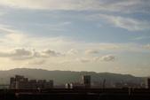 屋頂上泛紅彩霞:DSC06228.JPG