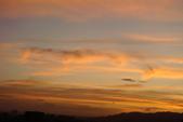 屋頂上泛紅彩霞:DSC06234.JPG