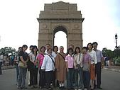 印度尼泊爾朝聖之旅-2008.9.21~10.1:P1010285-印度-凱旋門.JPG