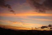 屋頂上泛紅彩霞:DSC06239.JPG