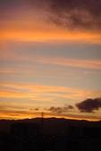 屋頂上泛紅彩霞:DSC06241.JPG