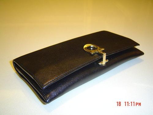 new product 6341b 77a62 Tina Pei-Pei大好物-- 財布(Salvatore Ferragamo 經典長夾 ...