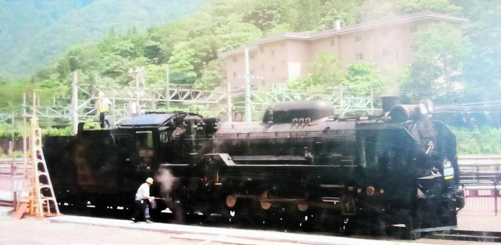 體育場的機關車:火車109-20201005.jpg