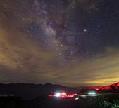 天文攝影24mm F1.4L:高空雲影響下的夏季銀河 (2frames mosaic)