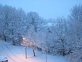 三月 冬末.初春:外面變成淡淡的藍色
