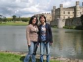 Cantebury& Leeds Castle:我與小楷,唯二照片之一