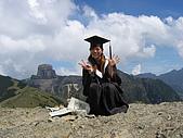 我已逝去的青春:伊澤山頂與背後的大霸尖