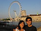 愛從不輕易走開:London Eye