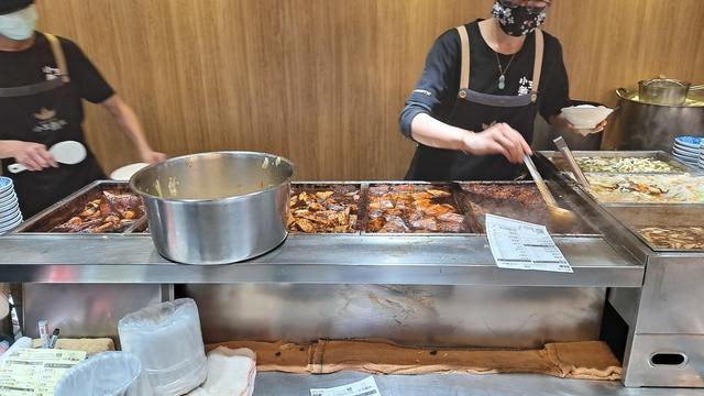 萬華龍山寺 小王煮瓜 (23).jpg - 目前我最喜歡的滷肉飯 鹹香濃郁 小王煮瓜