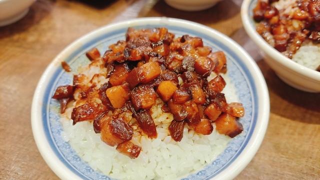 目前我最喜歡的滷肉飯 鹹香濃郁 小王煮瓜:2021-03-31-萬華小王煮瓜 (17).jpg